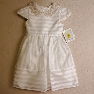 NWT - Beautiful White Dress!